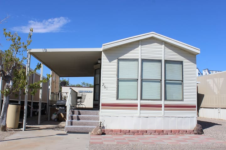 Lake Havasu Vacation Rental ..steps away from lake - 哈瓦蘇湖城 - 其它