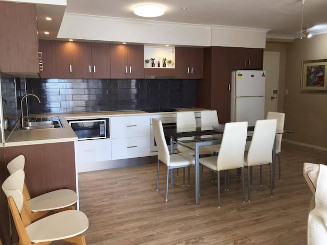 Relax in Central Surfers Paradise - Surfers Paradise - Appartement