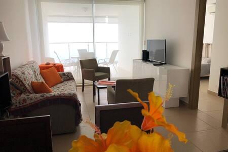Apartamento de 2 recamaras con vista al mar