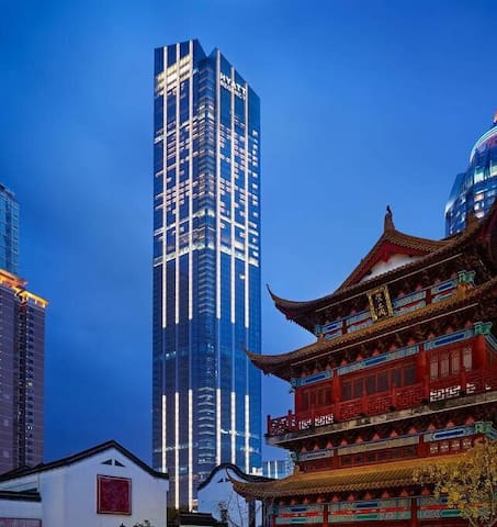 Deluxe Room In Downtown with super view - Wuxi - Bed & Breakfast