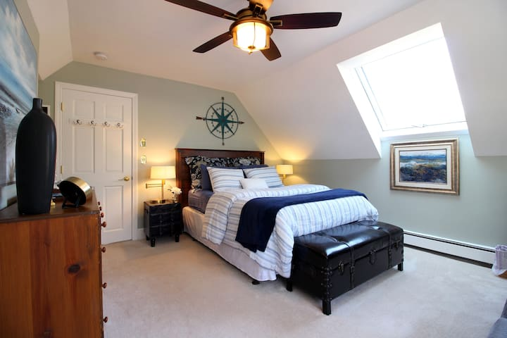 The bedroom is nice and large with plenty of natural light.  The skylight faces to the west so there is beautiful warm light in the room for the entire day.