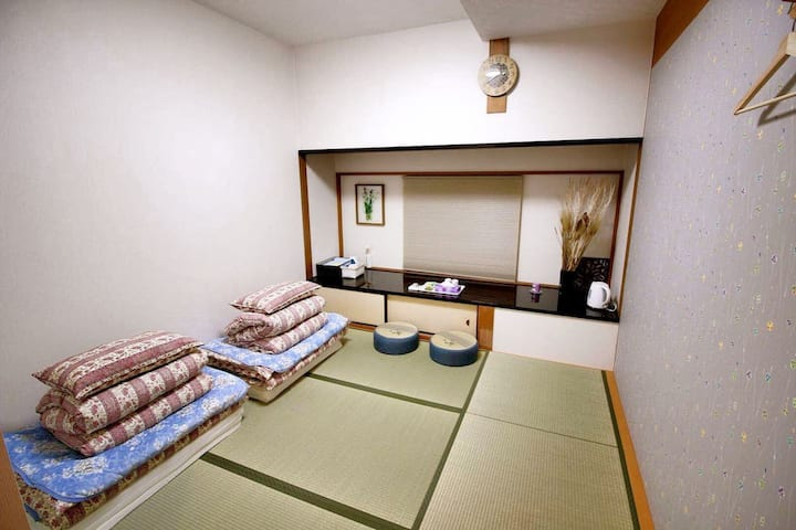 Guest House 168 Shinsaibashi Namba JP Theme Room
