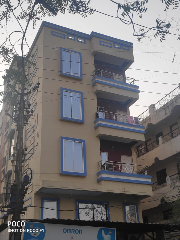 ServiceApartment near Railway Station with AC&WIFI