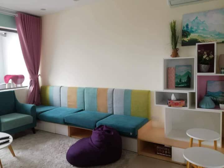 Den House - 2br luxury apartment @Starlake city