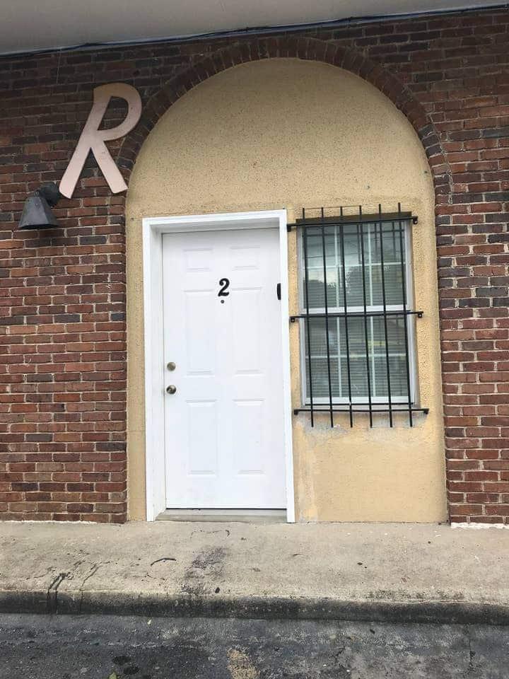# 2:  Comfortable 2 bedroom Suite near CrossPlex