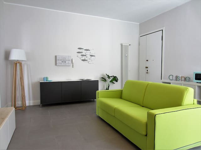 ★NEW & MODERN APARTMENT ON THE SEA★5 person★wifi
