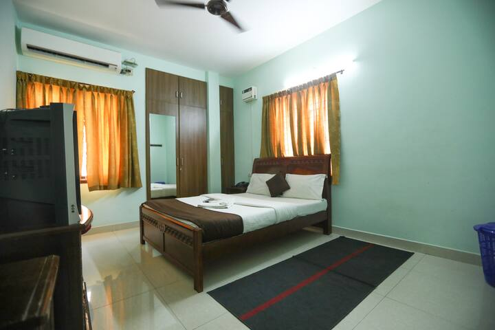 AC Rooms With Food in Mogappair Near Anna Nagar