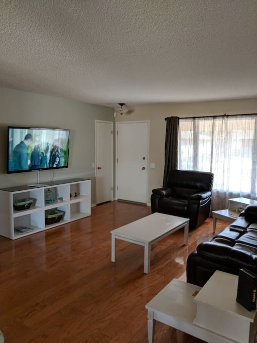 Front Room 2-3