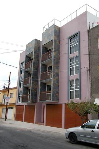 DEPA NUEVO 1-6PERSON IDEAL AMIGOSPAREJAFAMILY CDMX - Cidade do México - Apartamento
