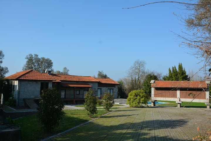 beautiful farm house with pool in Sao Gens