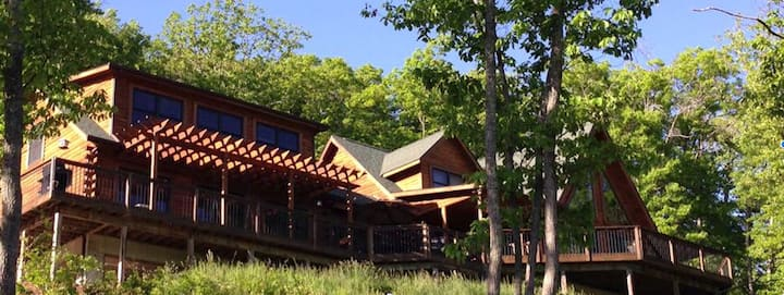 Tranquil property near Blacksburg.