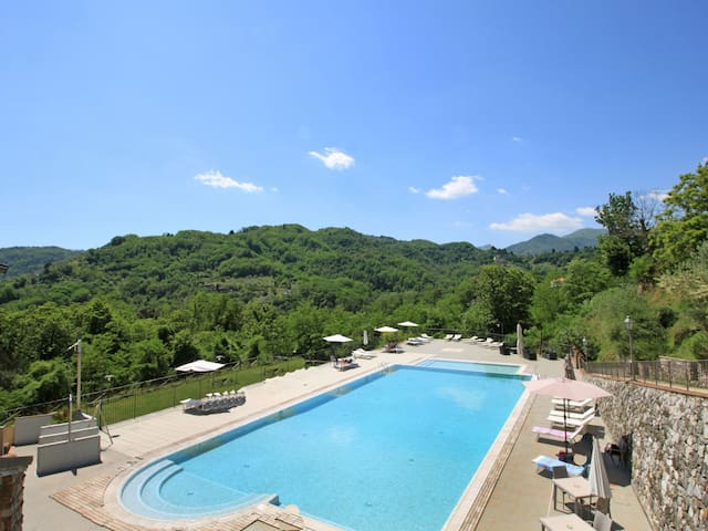 Holiday apartment Antico Borgo for 4 persons