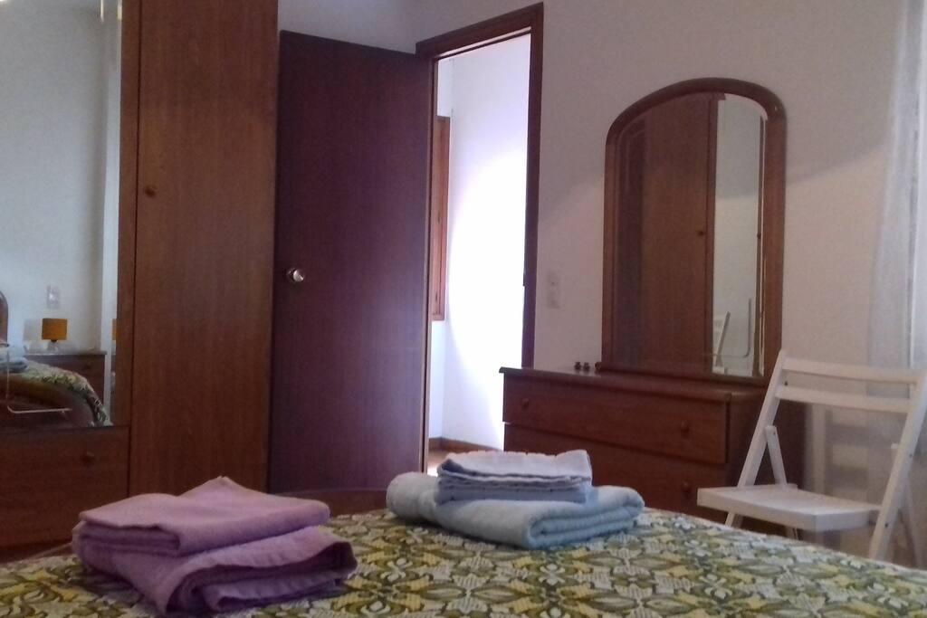 Habitacion doble/Double bedroom