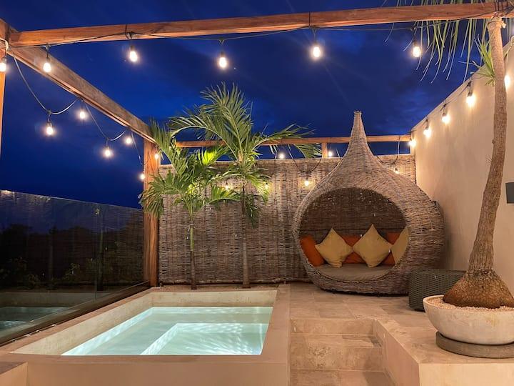 New Luxury PH private pool  at Aldea Zama