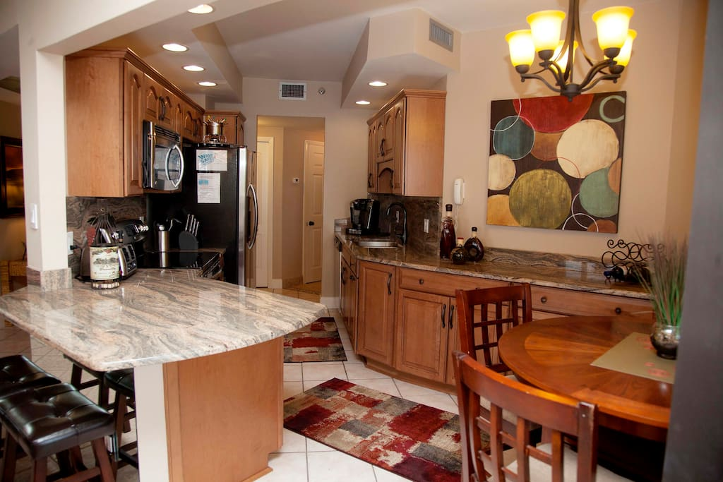 Fully appointed kitchen with all of the extras you will need.