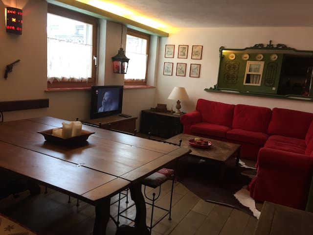 Appartamento Samedan centro - Samedan - Apartment