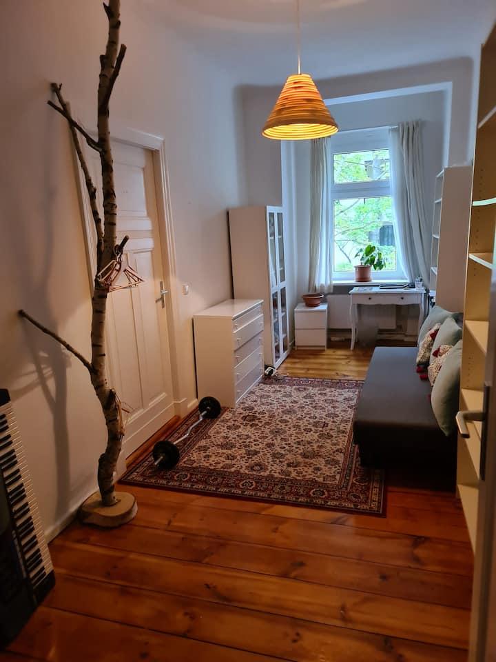 Nettes Zimmer im gut gelegenen, grünen Spandau