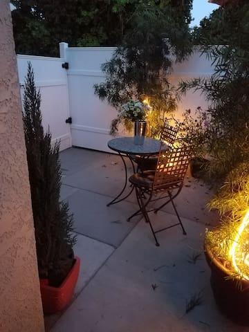 Your own private courtyard..surounded by plants flowers and tree's.