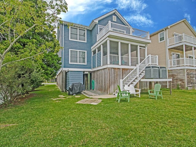B222V: 5BR Bethany Beach Home W/3 Master Suites -Just TWO Blocks to the Beach!