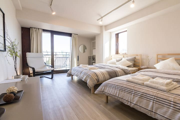 Large Sunny Studio, Great Location! - Shibuya-ku - Apartment