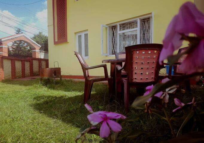 Organic Home Stay Bakhundole Height, Kupondole