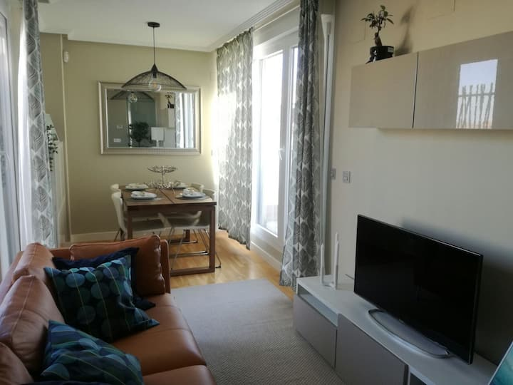 2 BEDROOM APARTMENT WITH THREE TERRACES!
