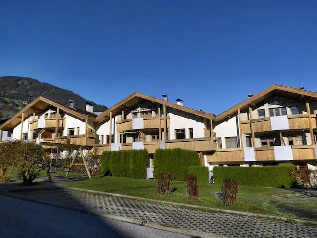 Luxerior Appartement Stadler - Kaltenbach - Osakehuoneisto