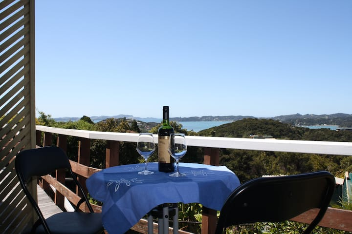 Amazing Bay Views on Te Haumi