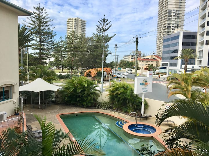 Broadbeach 1 Bedroom 1 Bathroom Apt (A)