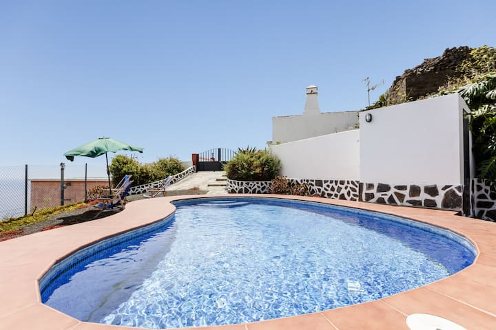 Casa Tomasín