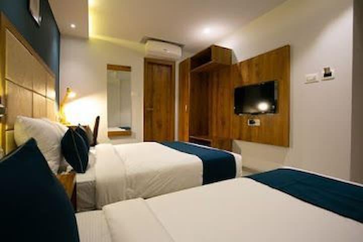 Private rooms@Andheri