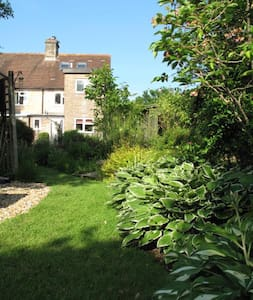 2 Bed Cottage, Heart Of The Purbeck Countryside - Hus