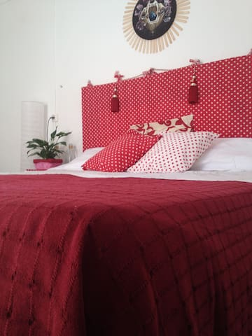 Charming Bright double bedroom in Gothic quarter - Barcelone - Appartement