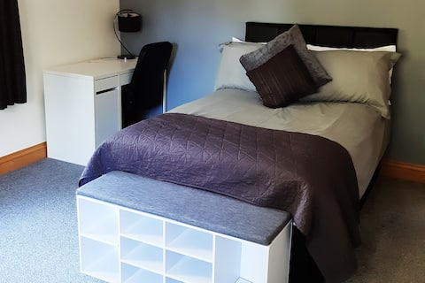 Double Guest Room 2 miles from Oxford City Centre