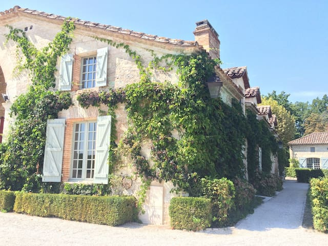 Domaine Rodier - Castelnau-Montratier - Bed & Breakfast