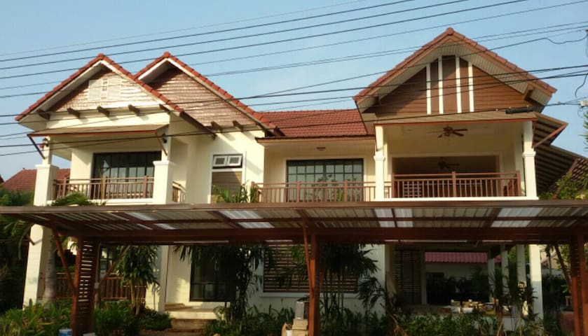 Cozy & Peaceful  apartment 3B @ Rimtalay Angsila - Samet - House