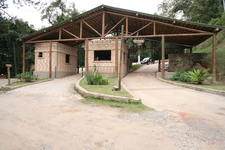 Linda chácara com loft a 1 hora de SP - Itapevi - Cottage