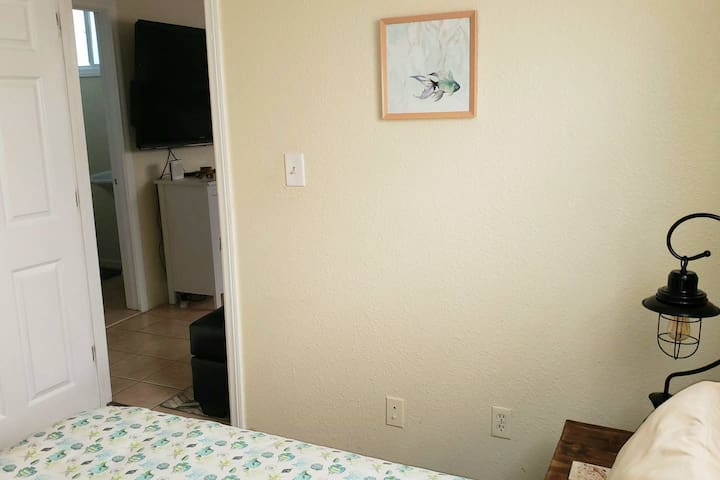 #2 of 4 Available Units. 5 Minutes From Downtown!