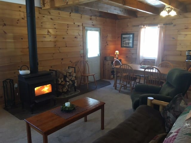 Moose Mountain Lodge - Vacation with Nature - Greenville - Cabana
