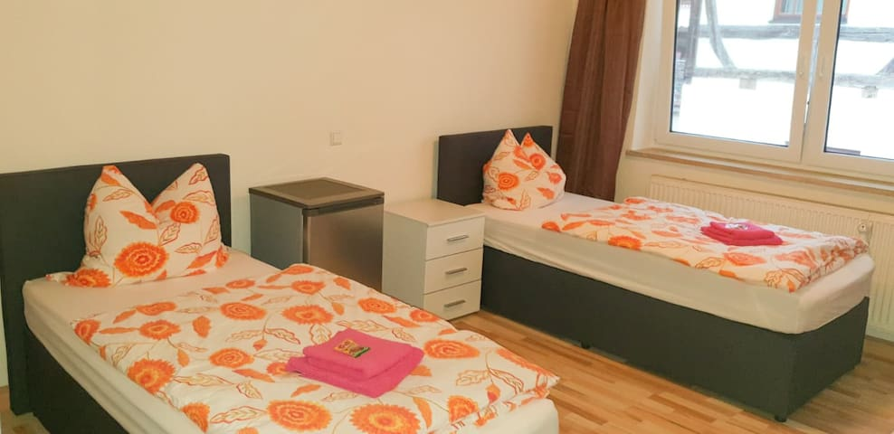 alpha-spot Babenhausen 2-Bett-Zimmer