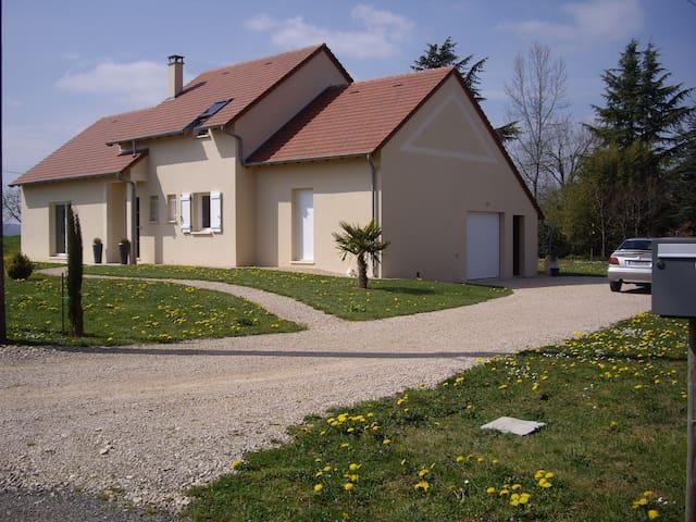 Maison neuve moderne proche Padirac - Saint-Michel-Loubéjou - Hus