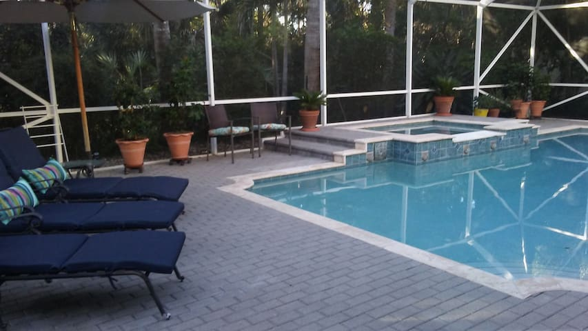 Pool and spa 1 mile from treasure coast beaches - Jensen Beach - Casa
