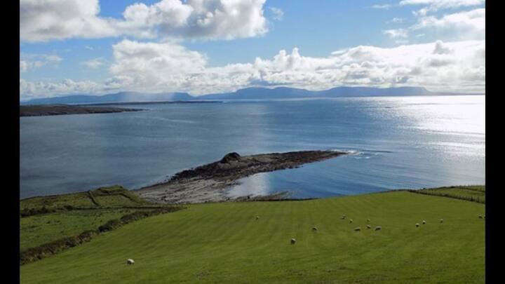 "Stunning Atlantic  sea views ""Shannon brae house """