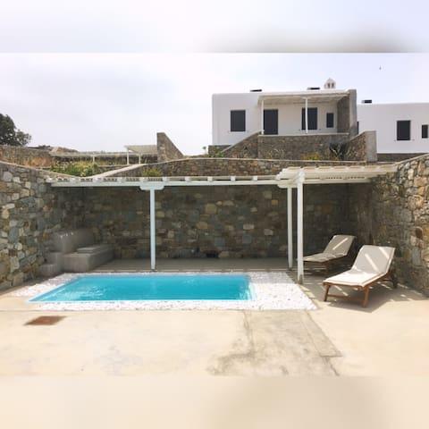 Villa Noelia 3 bed Villa in Panormos, Mykonos