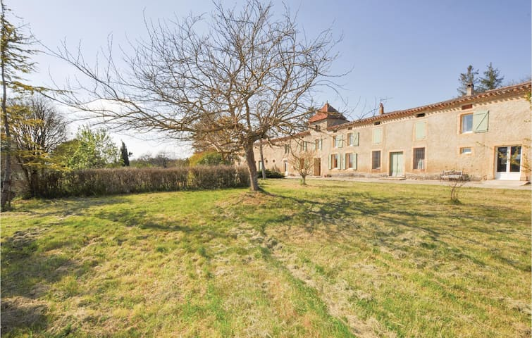 Semi-Detached with 3 bedrooms on 110m² in Belpech