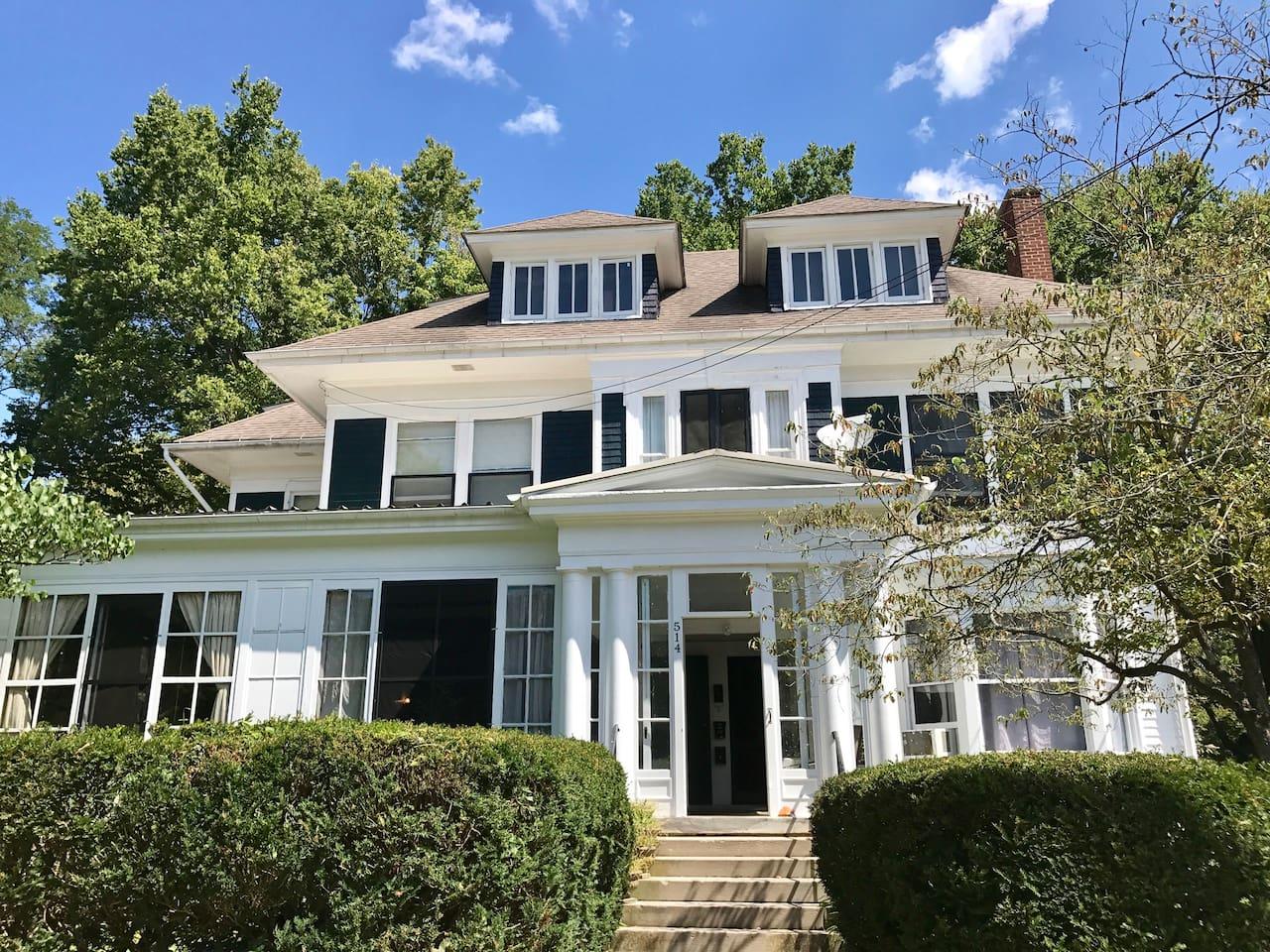 Historic Frankfort Apartment