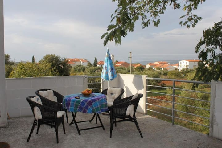 One bedroom apartment with terrace and sea view Mrljane, Pašman (A-8498-a)
