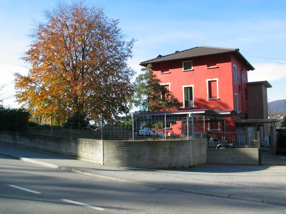 Lugano's B&B, posteggio ospiti