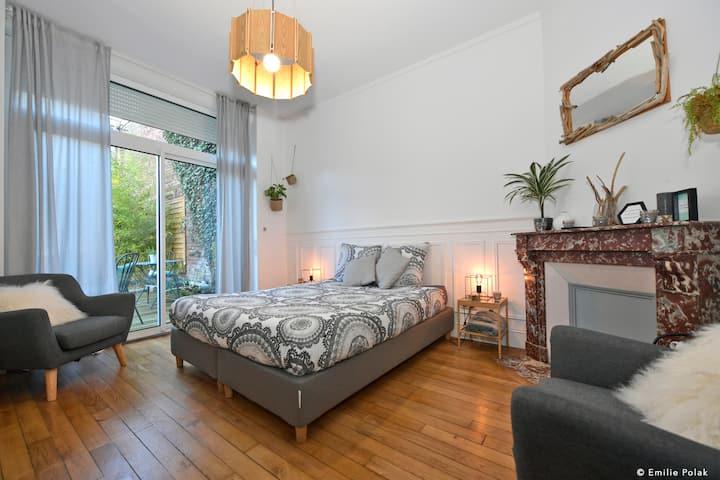 Chambre Nature + Accès privatif pièce spa