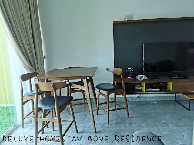 DELUXE HOMESTAY @ ONE RESIDENCE